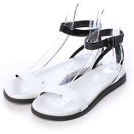 チャールズ & キース CHARLES & KEITH Derby Ankle Strap (White)