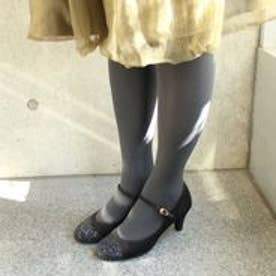 フィン Fin 【低×高反発スポンジ入り】グリッターストラップパンプス (ブラック)