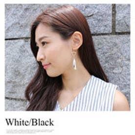 モードローブ MODE ROBE タッセルビーズトライアングルピアス (ホワイト×ブラック)【両耳】