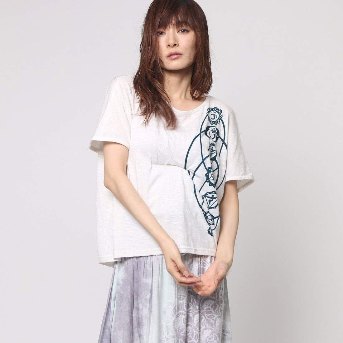 【チャイハネ】yulチャクラTシャツレディースホワイト