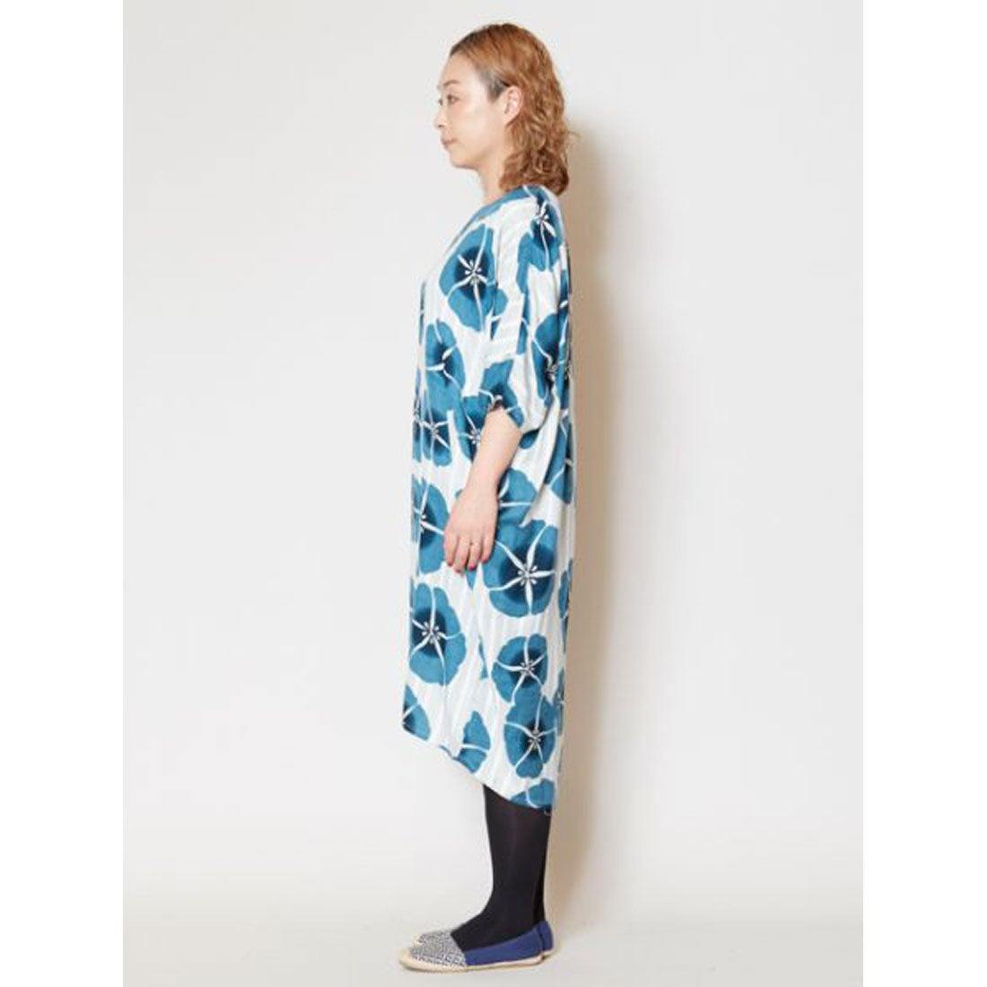 1ebcfdf53a218  カヤ 縞花小紋ワンピース ブルー -靴&ファッション通販 ロコンド〜自宅で試着、気軽に返品