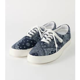 【AZUL BY MOUSSY】バンダナ柄スニーカー 柄NVY