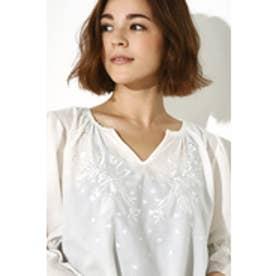 《WEB限定価格》【AZUL BY MOUSSY】ボリュームスリーブ刺繍ブラウス O/WHT