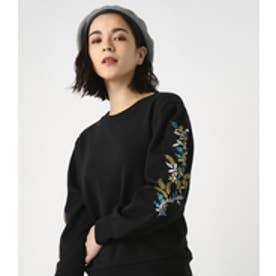 《6/25までWEB限定均一セール》【AZUL BY MOUSSY】刺繍入りクルーネックプルオーバー BLK