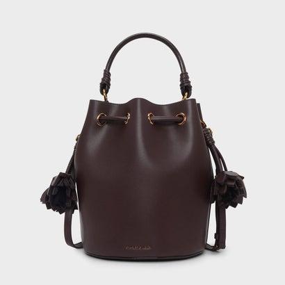 フローラルタッセルドローストリングバックルバッグ / FLORAL TASSEL DRAWSTRING BUCKET BAG (Brown)