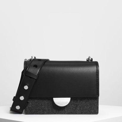 メタリックアクセントプッシュロックバッグ / Metallic Accent Push Lock Bag (Black)