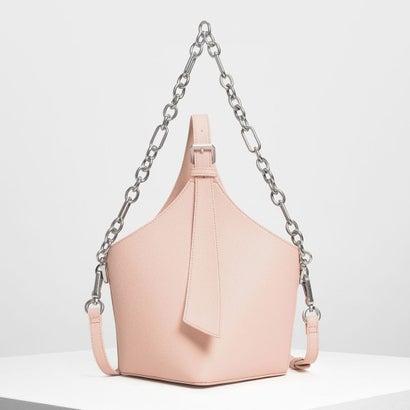 イロンゲイトストラップ バケツバッグ / Elongated Strap Bucket Bag (Pink)