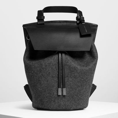 クラシック ドローストリングバックパック / Classic Drawstring Backpack (Black)