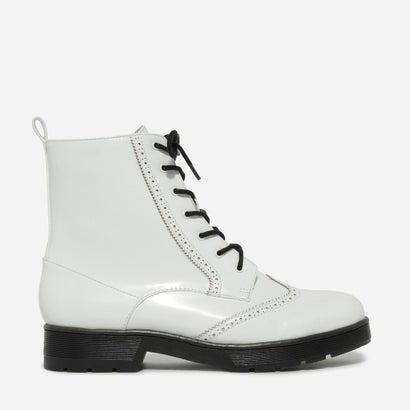ブログディテールコンバットブーツ / BROGUE DETAIL COMBAT BOOTS (White)