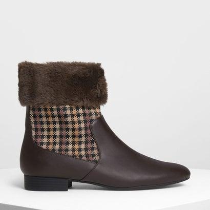 ファーリー カフプリント ブーツ / Furry Cuff Printed Boots (Dark Brown)