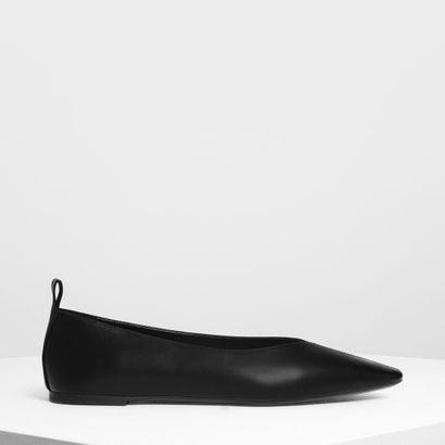 エンベリッシュド Vトップライン ポインテッド フラット / Embellished V Topline Pointed Flats (Black)