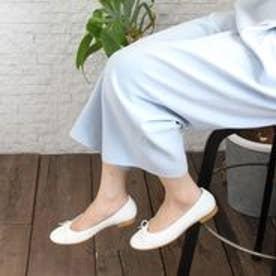 フィン Fin 【低反発スポンジ入り】本革バレエシューズ (アイボリー)