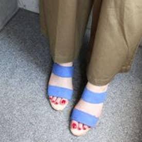 フィン Fin 【低反発スポンジ入り】ダブルベルトミュールサンダル (ブルー)