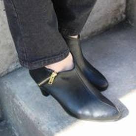 フィン Fin 【低反発スポンジ入り】ジップデザインブーティー (ブラック)
