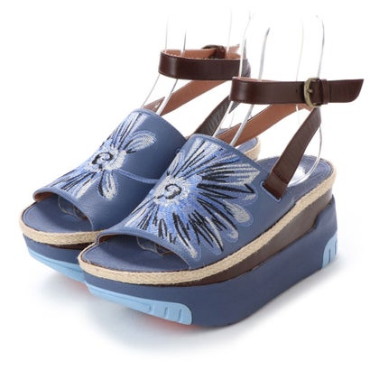 フィットフロップ fitflop HAUTE DAISY PRINT EMBROIDERY PLATFORM SANDALS (Indian Blue)