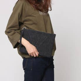 ゲス GUESS EMBOSSING TRIANGLE LOGO DENIM CLUTCH BAG (BLACK)