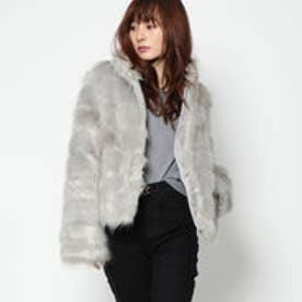 ゲス GUESS ASAKO TIERED FAUXFUR JACKET (LIGHT ICE GREY)