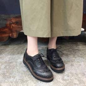 ヨースケ YOSUKE 本革スタッズウイングチップシューズ (ブラック)