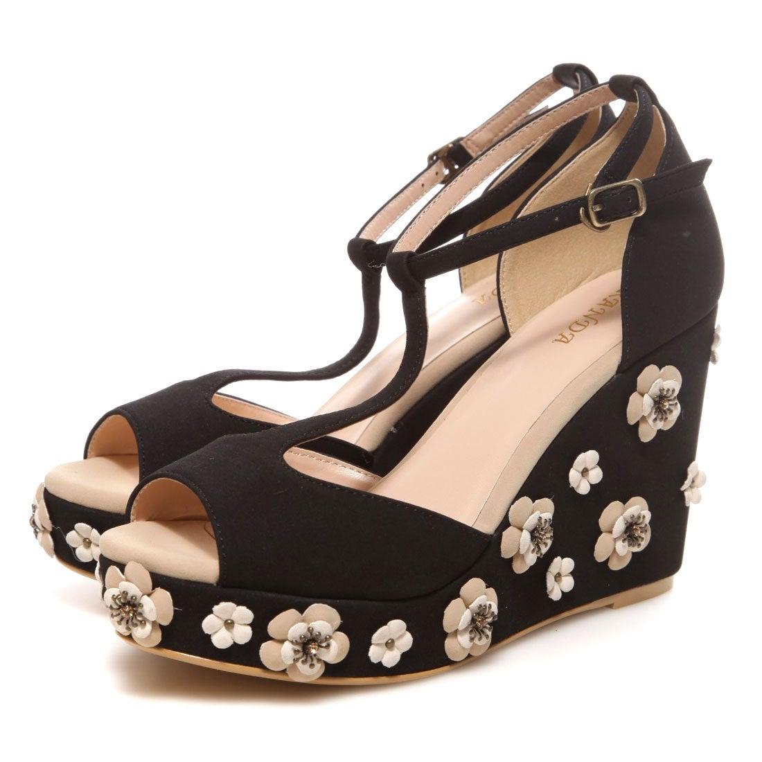 ランダ RANDA Tストラップフラワーウェッジサンダル(ブラック) ,靴とファッションの通販サイト ロコンド