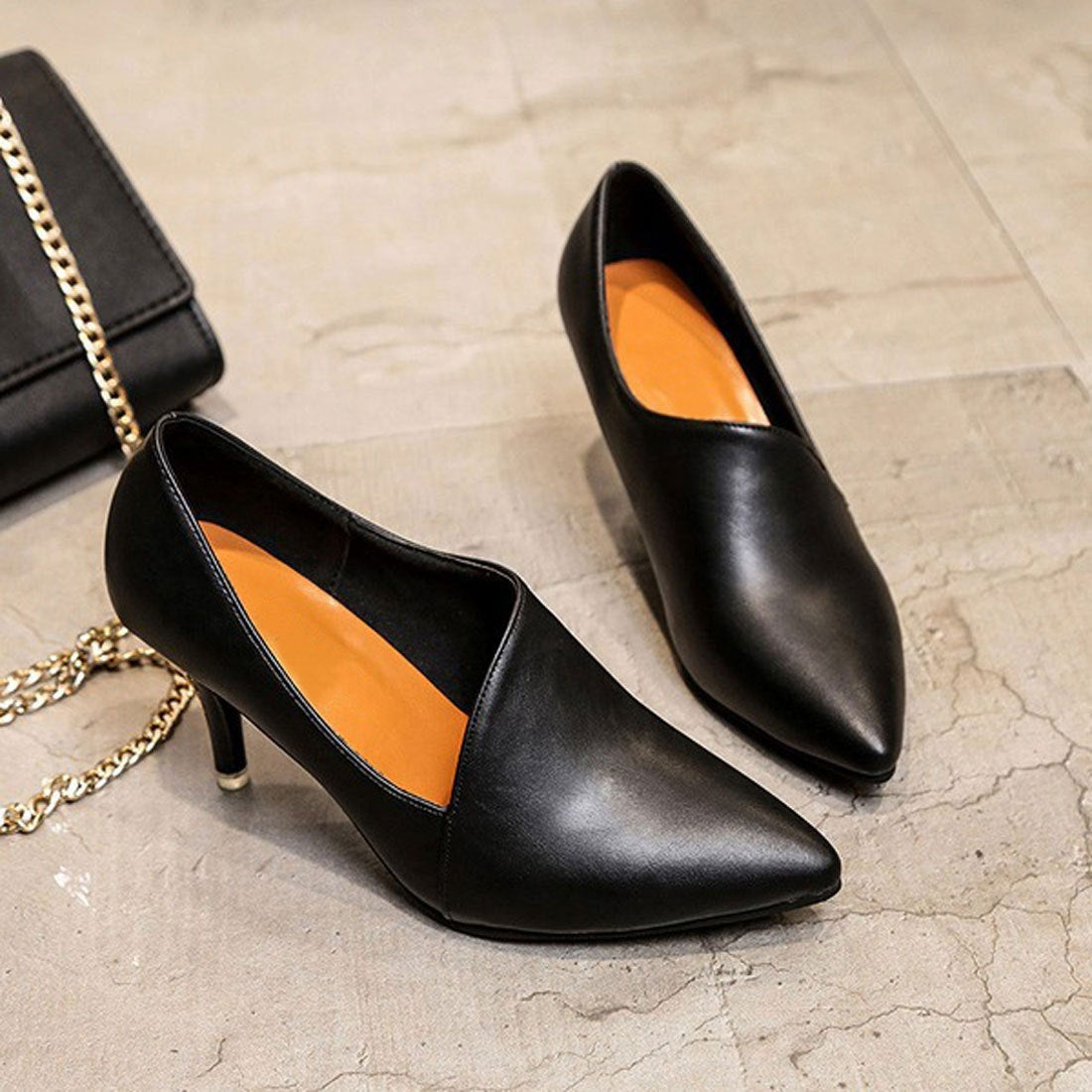 5b499ba08aefb チュクラ chuclla アシンメトリーカット レザー調 パンプス (ブラック(レザー)) -靴&ファッション通販 ロコンド〜自宅で試着、気軽に返品
