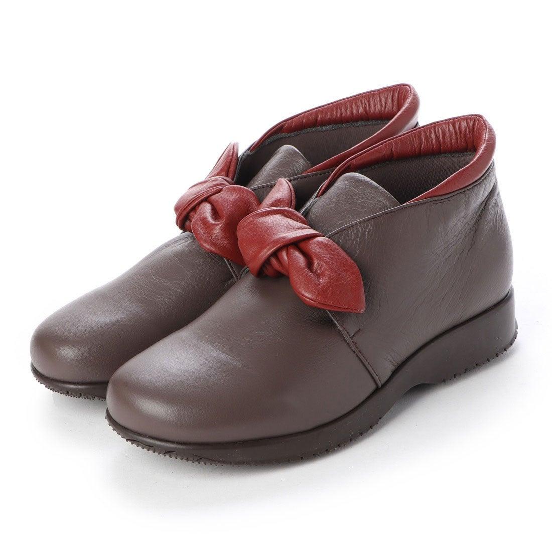 ロコンド 靴とファッションの通販サイトウォーカーヒル Walker Hill 大人かわいいリボン 雲の上のはき心地4E コンフォートシューズ (Dオークコンビ)
