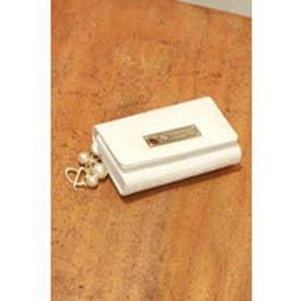 パールチャーム ロゴ型押しキーケース ホワイト