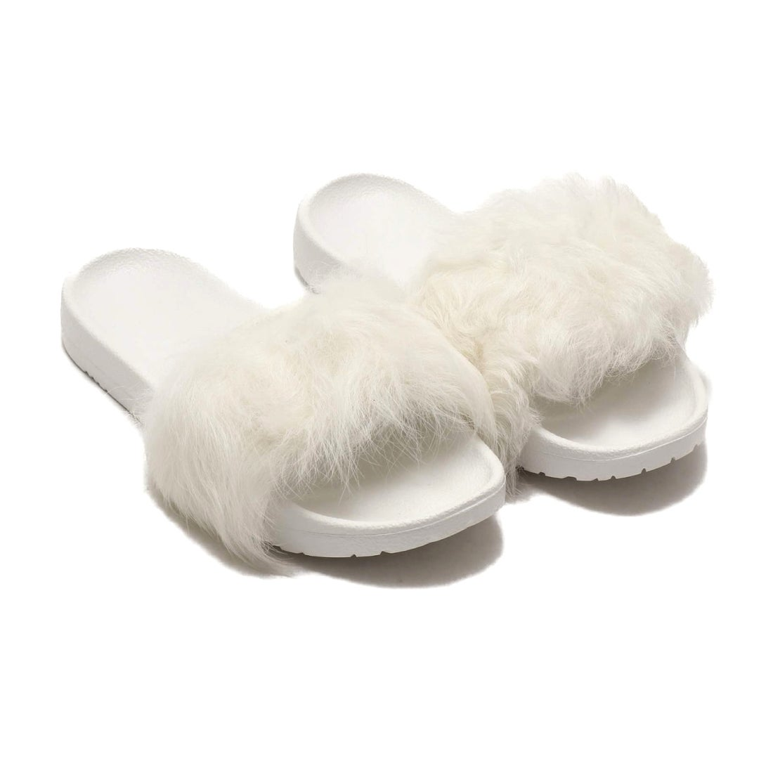 ロコンド 靴とファッションの通販サイトアグ UGG UGG W ROYALE (WHITE)