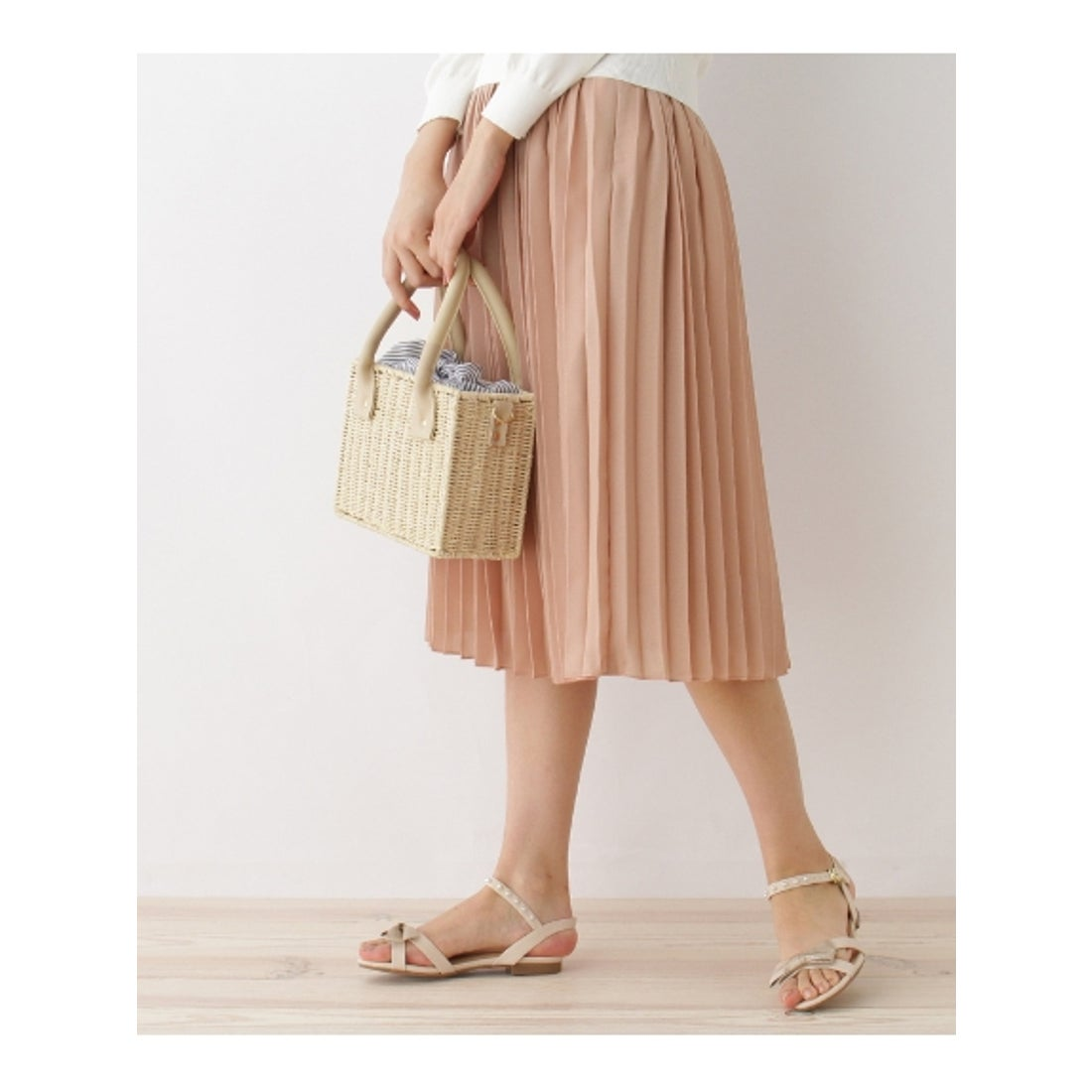 【SALE 73%OFF】クチュール ブローチ Couture brooch 【WEB限定プライス】デザインベルトプリーツスカート (ピンク)
