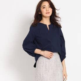 インディヴィ INDIVI 【WEB限定】ボリューム袖キーネックシャツ (ネイビー)