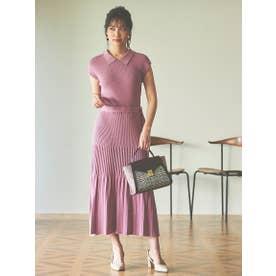 【ワンピース】リブ衿バックボタンフレアニットワンピース (ピンク)
