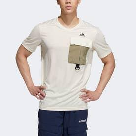 ユーティリタス Tシャツ (ホワイト)