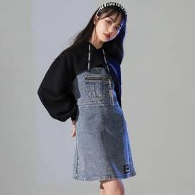 チャーム付デニムジャンパースカート(ブルー)