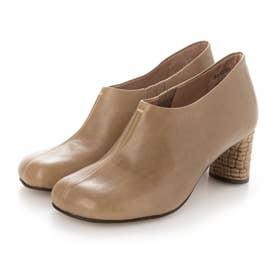 オブリークトゥが今年らしいショート丈足袋ブーツ (カーキ)