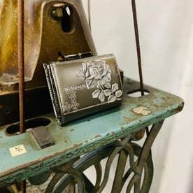 フィセルローズ 三つ折り口金財布 (シルバー)