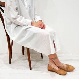 足が痛くならない靴・ビット付きフラットシューズ (ベージュ)