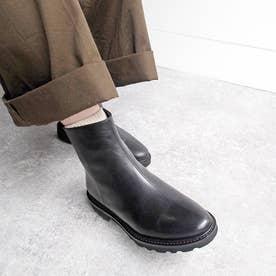 モード感のある【軽量】シンプルショートブーツ (ブラック)