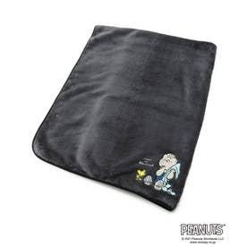 PEANUTS/ピーナッツ ライナス刺繍 ブランケット ボタンケープ (ダークグレー)