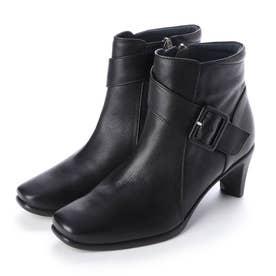 ヒールアップショートブーツ (ブラック)