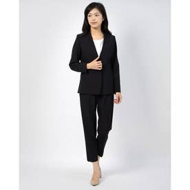 ストレッチトリコットのパンツスーツ (ブラック)