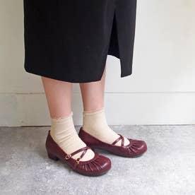 おでこ靴の新定番!ギャザーストラップパンプス (ワイン)