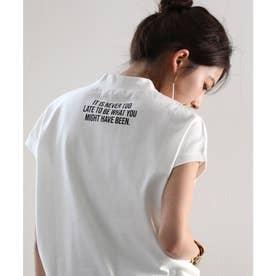 ロゴバックプリント 空紡糸ミドル丈無地モックネックTシャツ(半袖) (ホワイト)