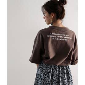 バックプリント空紡糸クルーネック無地ロング丈Tシャツ(半端袖) (ブラウン)