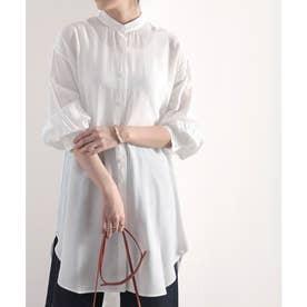 たっぷりドレープで上品さをプラス。バンドカラーシアーシャツ (ホワイト)