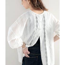 透け感がクラシカルで美しい。刺繍コットンレースの2Wayブラウス (ホワイト)
