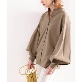 トレンドの1枚!袖Wタックバンドカラーシャツ。 (ライトカーキ)