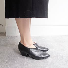 安定感のある履き心地のチャンキーヒールブーティ (ブラック)