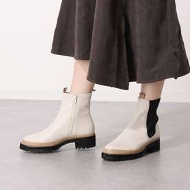 プラット製法で履きやすさ抜群のサイドゴアブーツ (アイボリーコンビ)