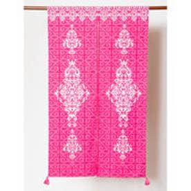 【チャイハネ】イスラミックタイル柄のれん ピンク
