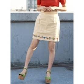 フラワーヘム刺繍ミニスカート クリーム
