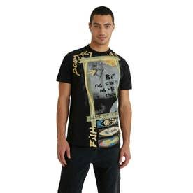 アーティなサーフィンのプリント入りメンズTシャツ (グレー/ブラック)